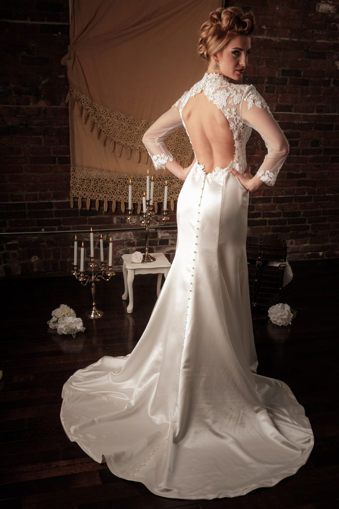 BD16 - Long Sleeves Open Back Wedding Dress – Je Vis Bridal