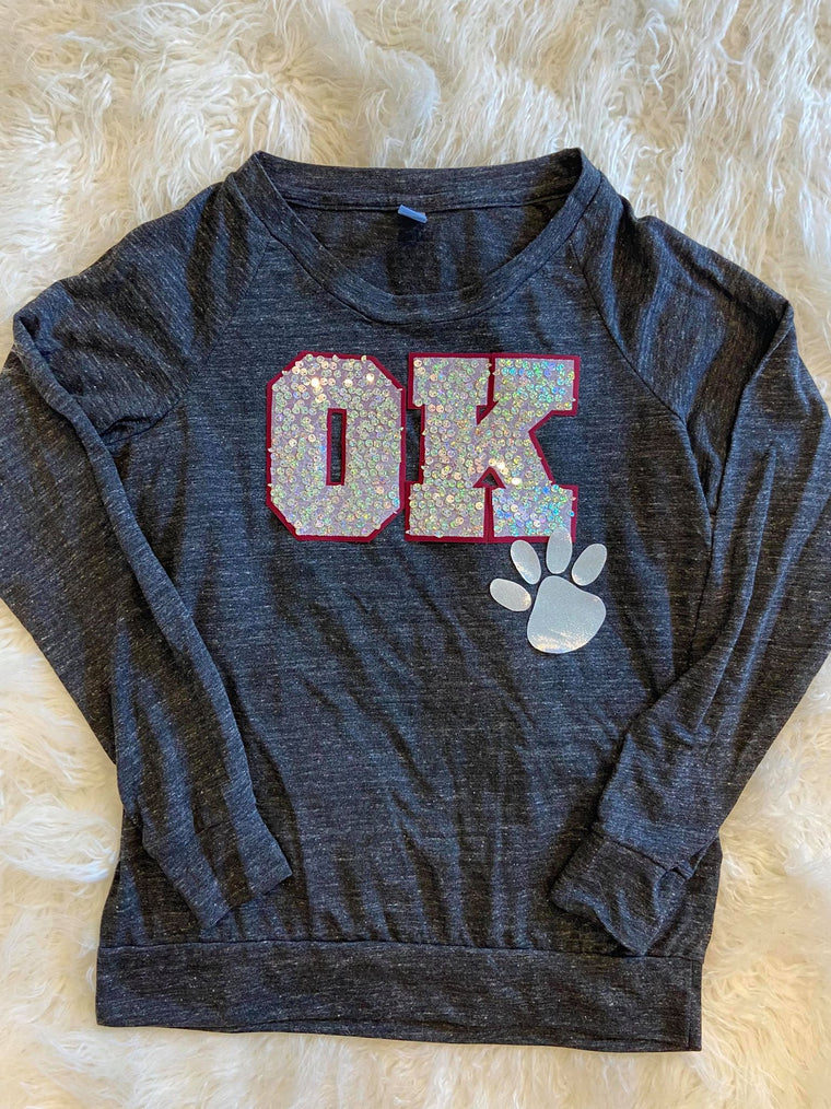 OK + PAW PRINT LOCKER ROOM PULLOVER