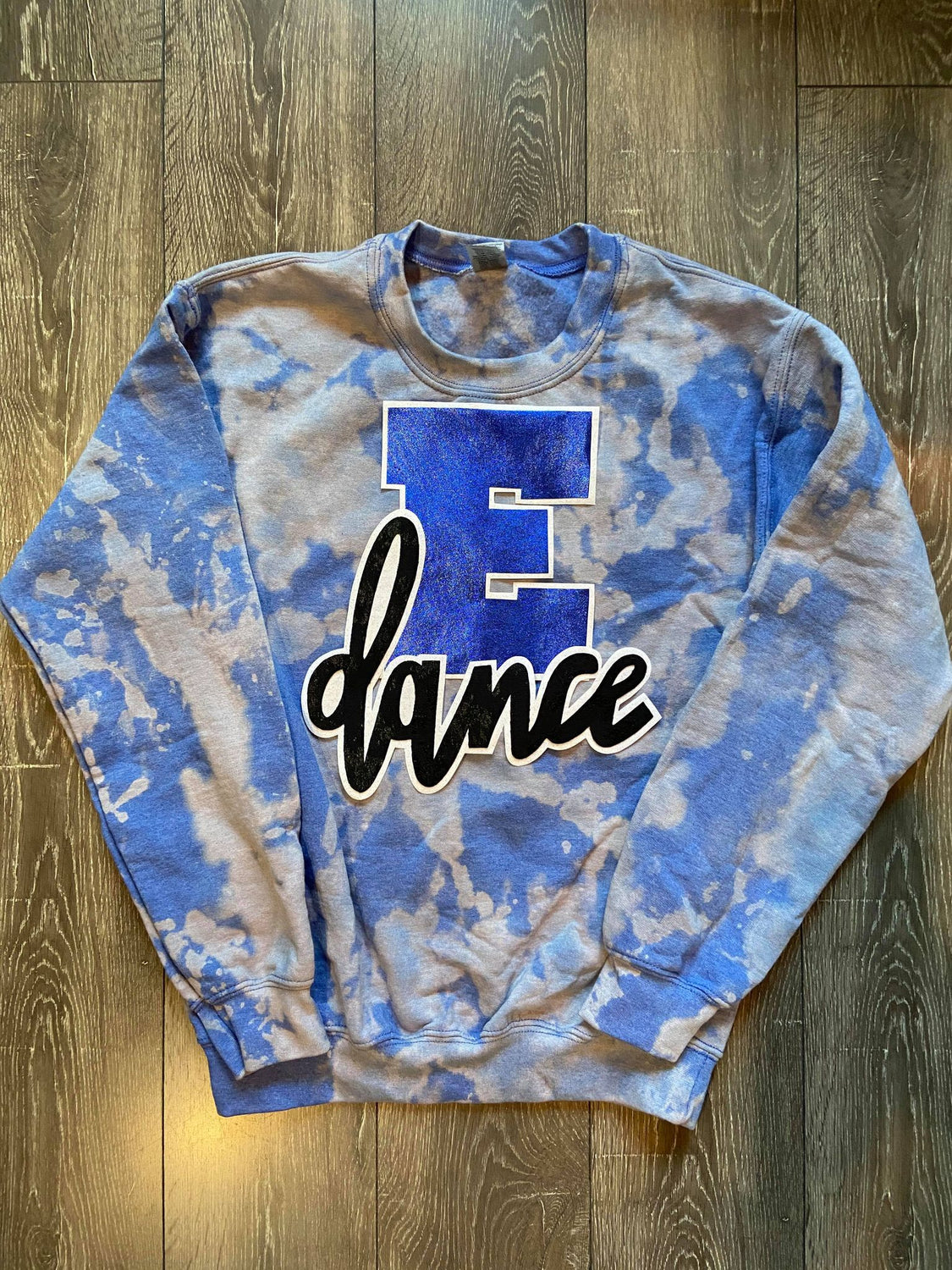 E + DANCE - BLUE DYED CREW