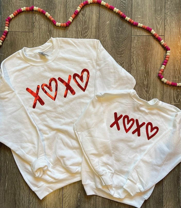 WHITE CREW - RED XOXO - YOUTH + ADULT