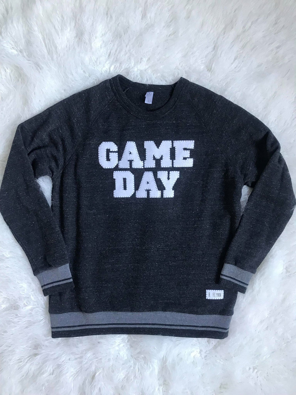 GAME DAY ATHLETIC STRIPE CREW