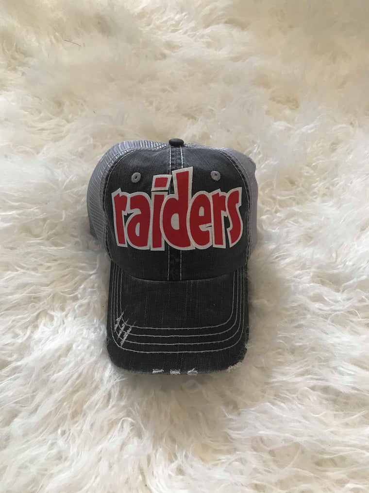 RAIDERS TRUCKER HAT