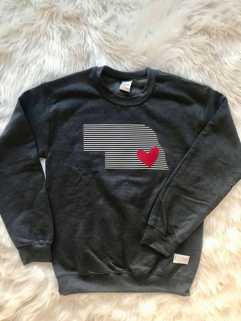DARK GREY CREW WITH STRIPE STATE