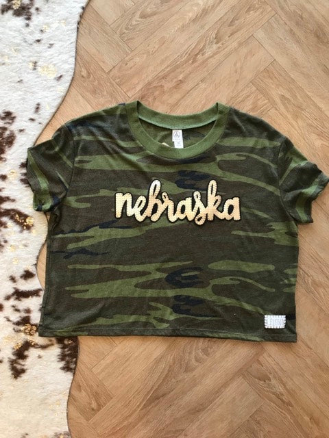 GOLD LEATHER NEBRASKA CAMO TEE