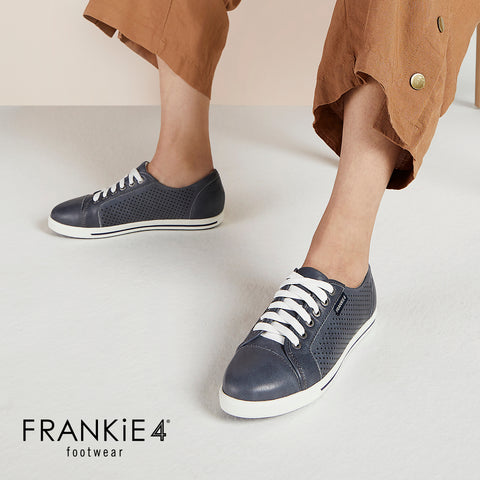 FRANKiE4 | POLLY CASTLE GREY