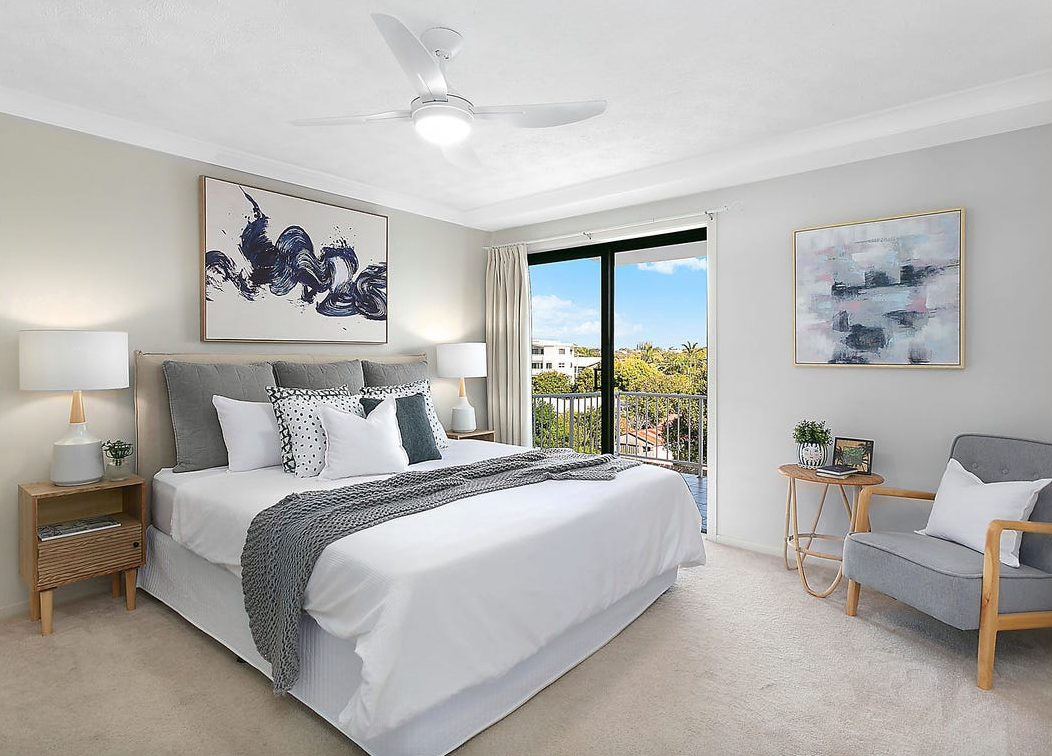 property-styling-nsw-kingscliff-main-bedroom-decor.png
