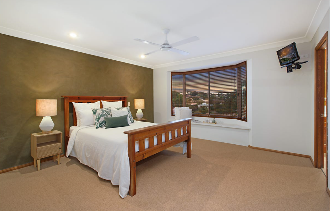 banora-point-property-styling-tropical-master-bedroom