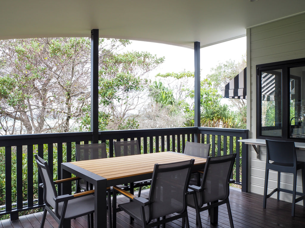 leticha-cabins-tweed-coast-verandah