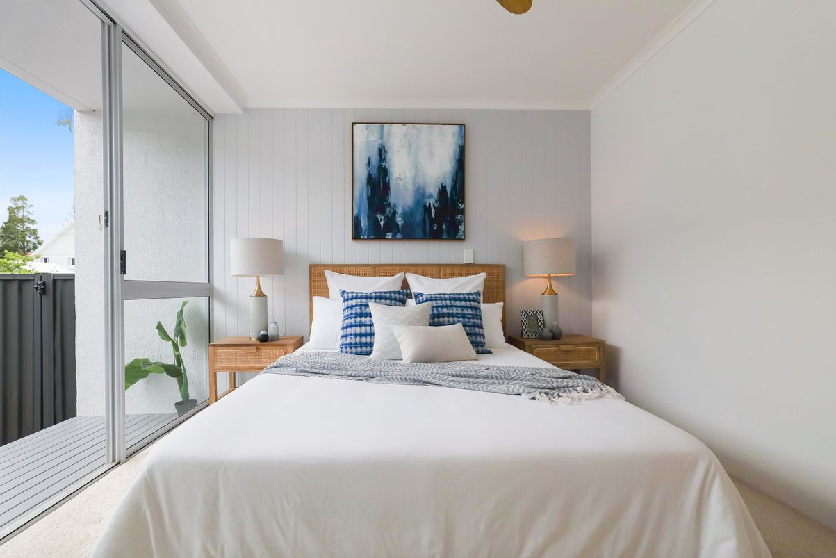 presale-property-styling-mermaid-beach-qld-master-bedroom