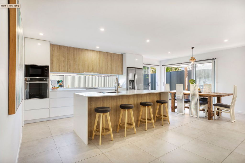 property-styling-beachside-family-home-kitchen-dining-area-open-plan