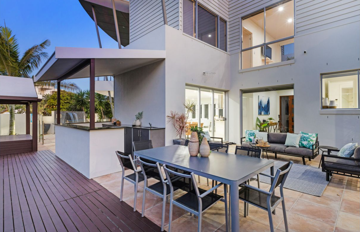 property-styling-casuarina-outdoor-kitchen-dining-living-space