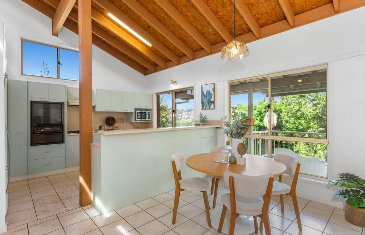 property-styling-for-sale-banora-point-nsw-kitchen-dining-room