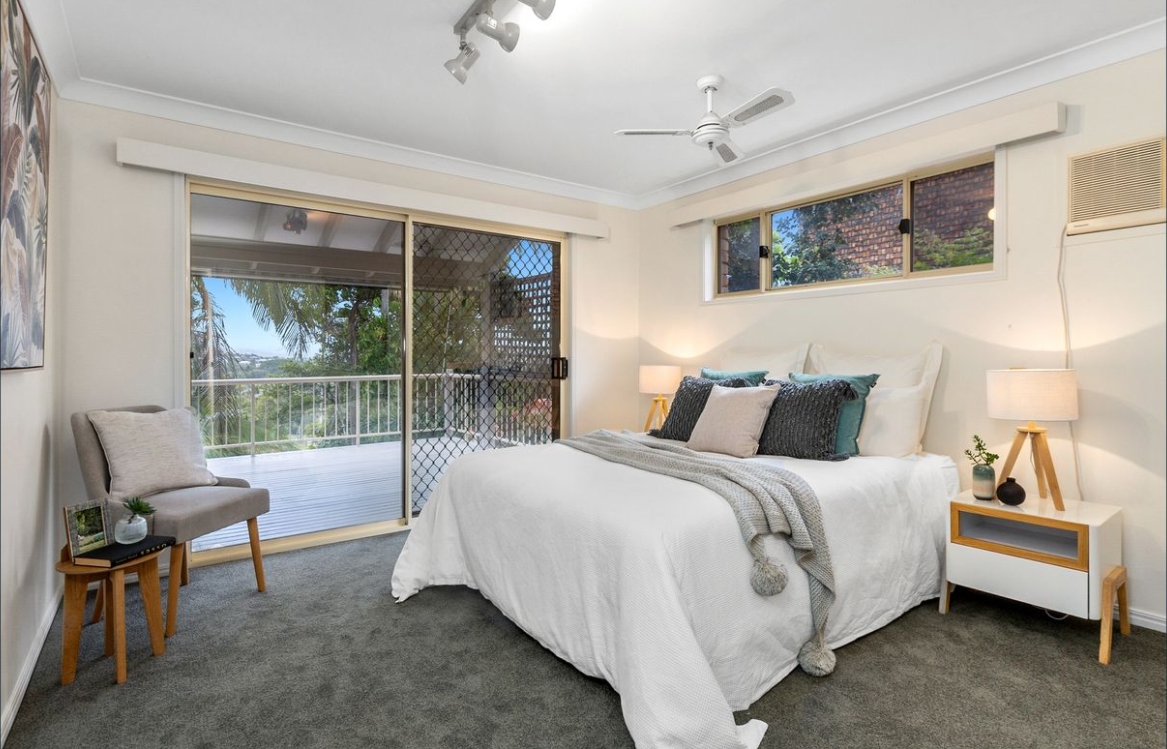 property-styling-for-sale-banora-point-nsw-master-bedroom