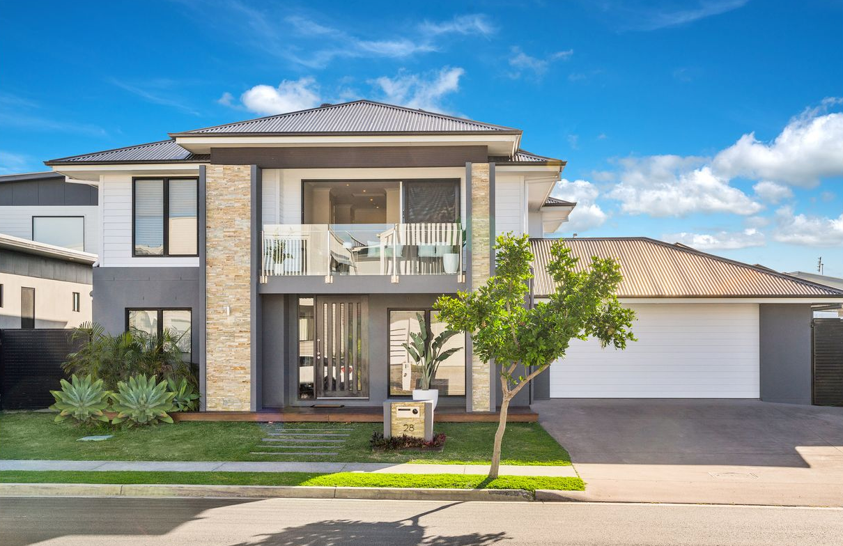 property-styling-kingscliff-new-exterior