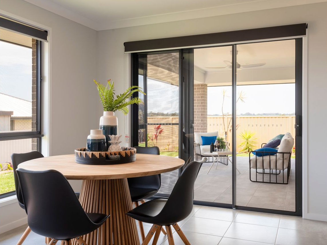 property-styling-nsw-north-coast-dining-outdoor-living