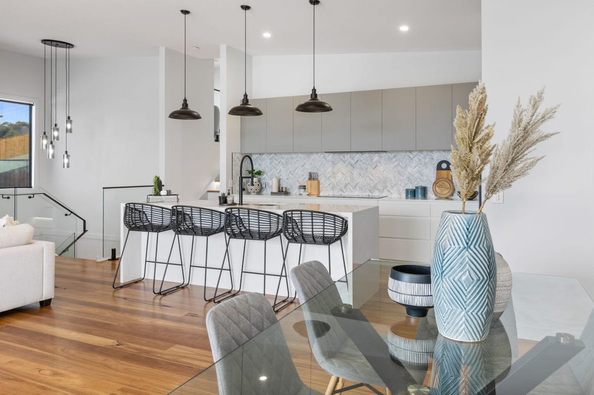 property-styling-nsw-terranora-dining-kitchen