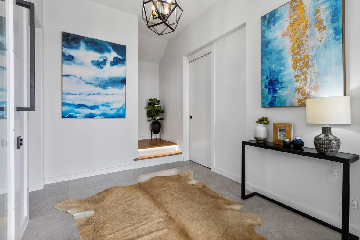 property-styling-nsw-terranora-entry-accessories
