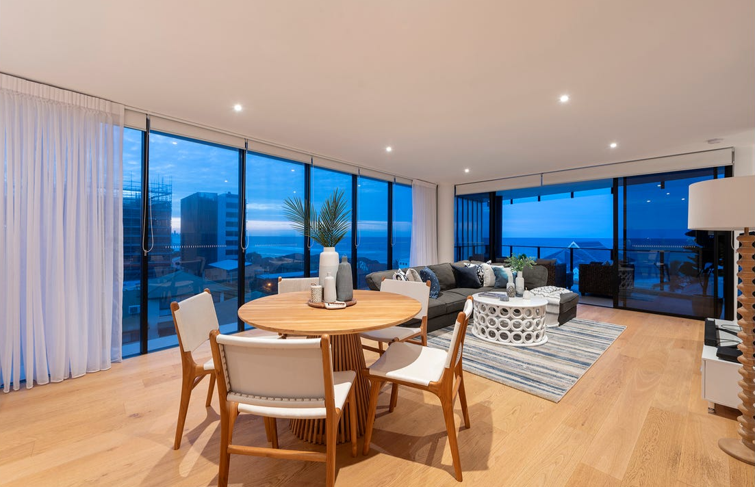 property-styling-palm-beach-dining-living-space