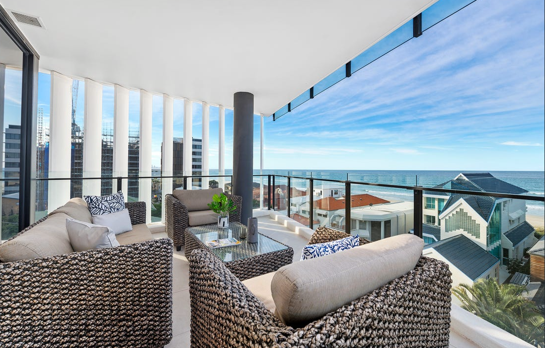 property-styling-palm-beach-outdoor-balcony