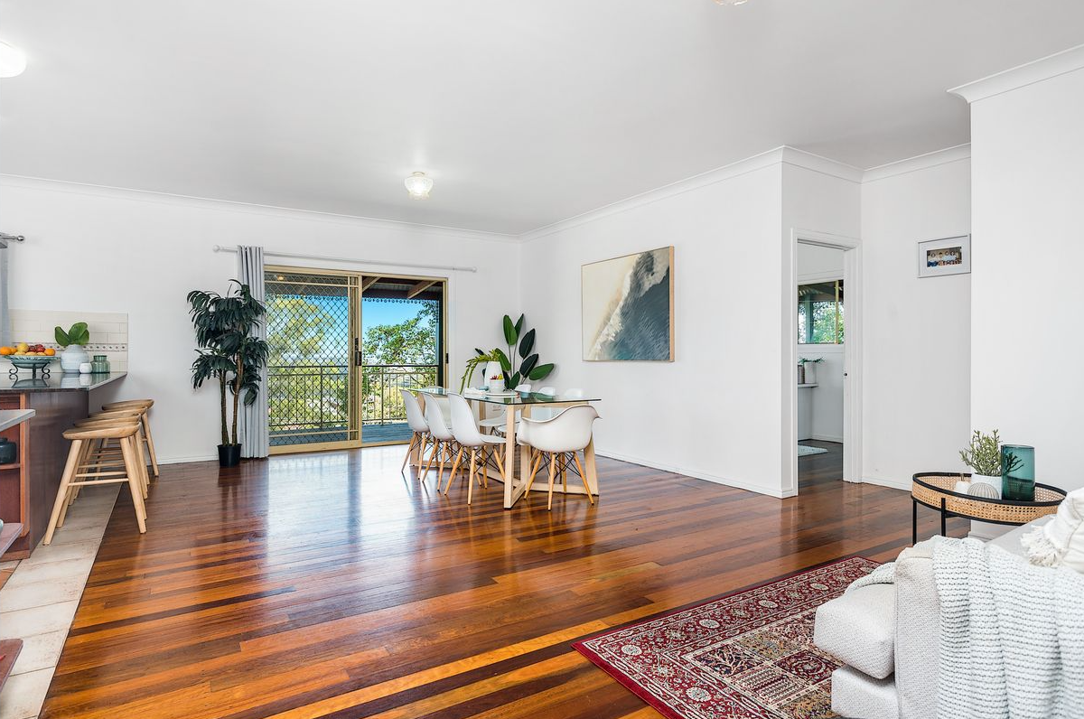 property-styling-terranora-nsw-dining-area