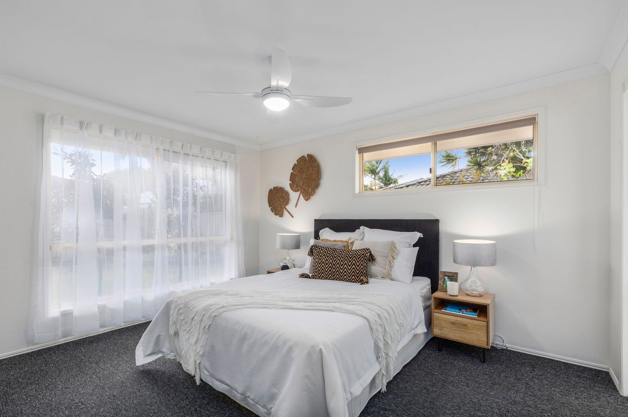 tweed-coast-property-styling-cabarita-main-bedroom-style