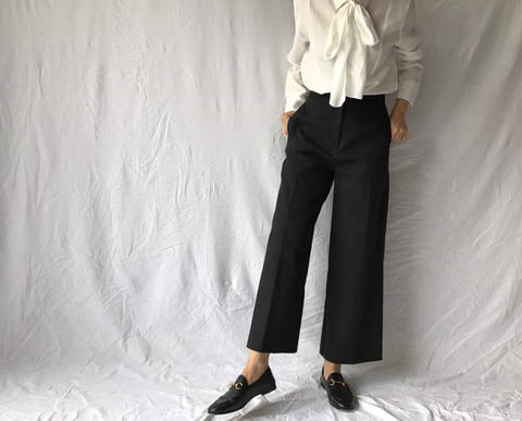 Essential Crisp Pants (76,000원)