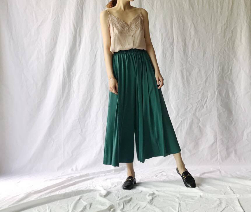 Pleated Skirt Culotte (67,000원)