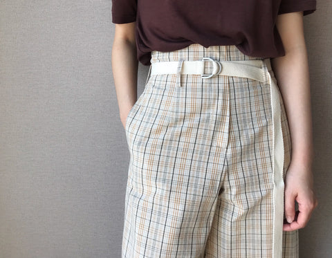 Plaid Highwaist Pants in Beige (96,000원)