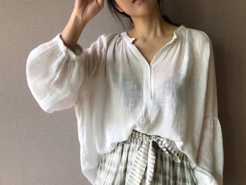 Sheer Linen Blouse in Ivory (76,000원)