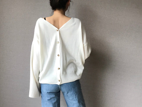 Two-way Cashmere Top/Cardigan (Also available in Navy and Camel) (82,000원)