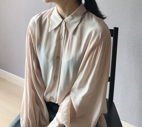 Paneria Blouse in pale peach (Also available in Ivory) (72,000원)
