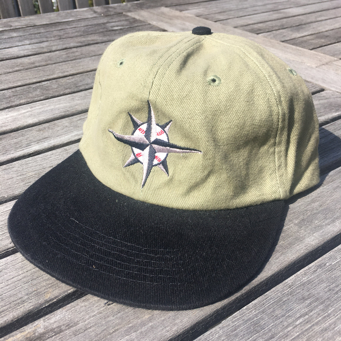 Seattle Mariners compass hat