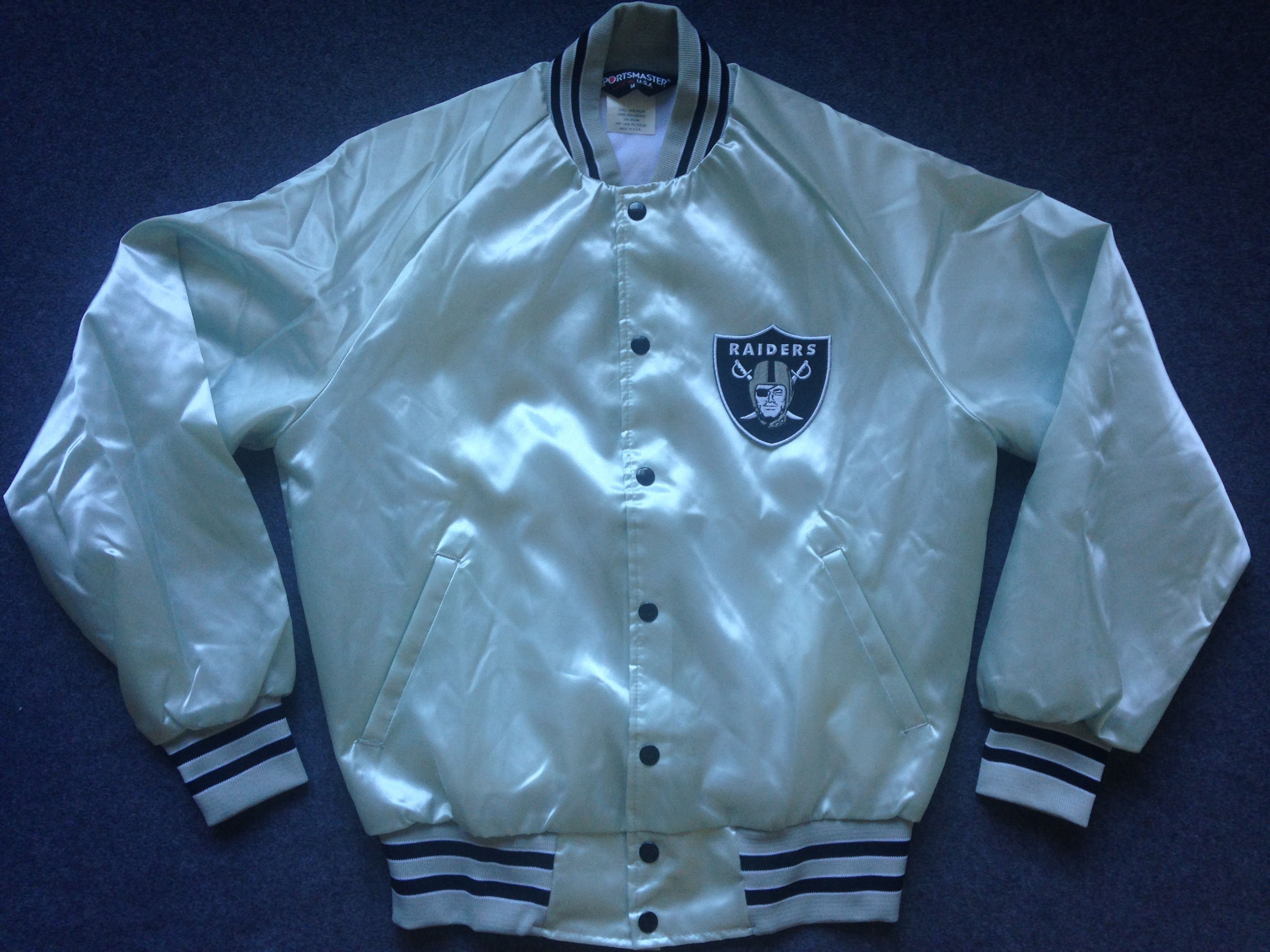 finest selection f5fbf 54172 Oakland Raiders SILVER satin jacket - M