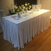 Table skirting chiffon