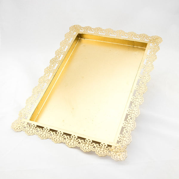 Gold cake table set 7pce - Hire