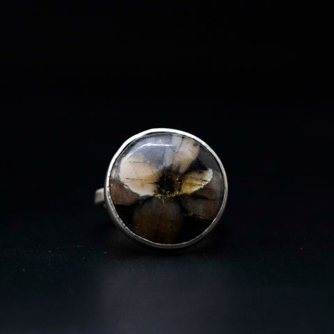 Fossilised Flora Ring
