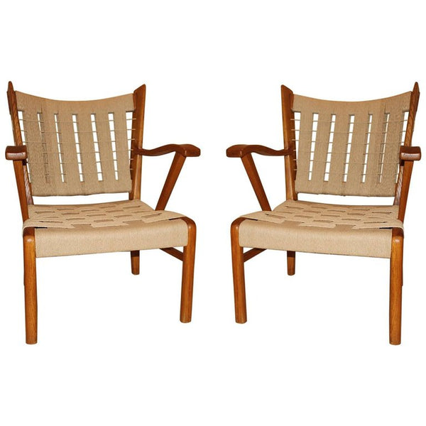 Pair of Armchairs Attribute to Paolo Buffa