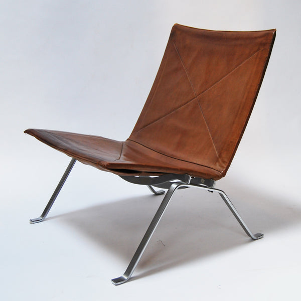 Pair of PK22 Lounge Chairs by Poul Kjaerholm Manufactured by E. Kold Christensen