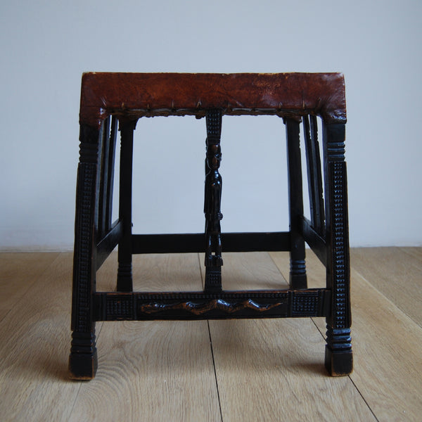 Set of Five Elegant Hardwood Chokwe Stools, 1920s
