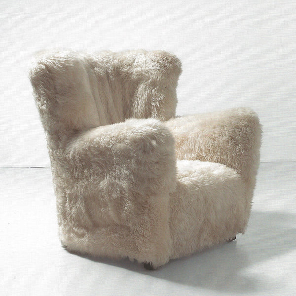 Sheepskin armchairs, model 1519, by Fritz Hansen