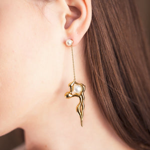 FLOW Asymmetric Gold Long Earrings
