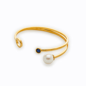 SS Pearl Bangle with Green Stone