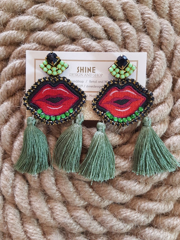 Shine Lips Earrings