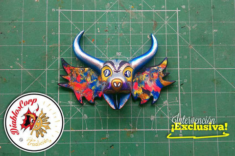 Diablos Corp hand painted mask - Silver Dream