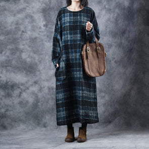 Women Loose Plaid Thicken Long Dresses For Winter W8768