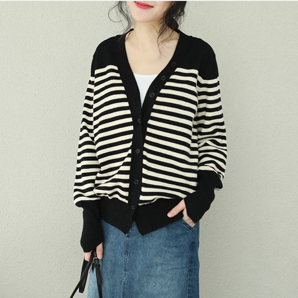 Black And Beige Striped Casual Knitted Coat Women Loose Outfits Q2250