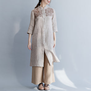 Chinese Style Embroidery Linen Long Blouse Women Loose Shirt S26031