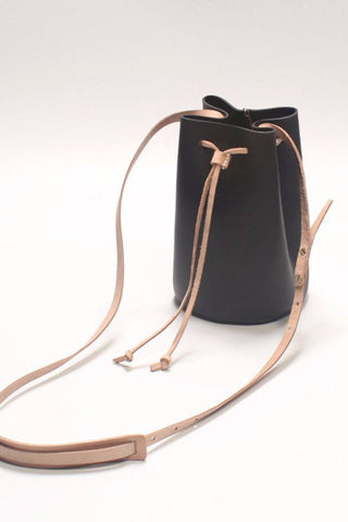 Korean Style Bucket Bag Vegetable Tanned Black Leather Women Bag B3727