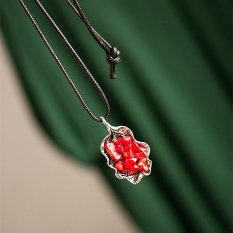 National Wind Alloy Resin Mosaic Red Stone Vintage Necklace Women Accessories E0660A