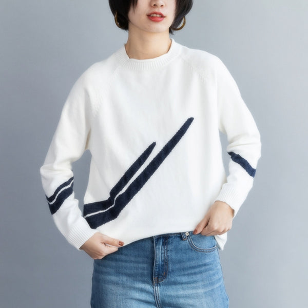 Women Creatively Patterned Round Collar Knit Sweater